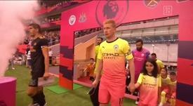 El City estrenó su equipación multicolor. Captura/DAZN