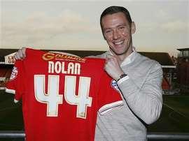 Kevin Nolan deja su puesto de entrenador pero no de jugador en el Leyton Orient. LeytonOrient