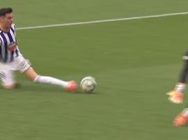 Contre le Barça, Kike Perez se blesse mais évite le pire. Capture/MovistarLaLiga
