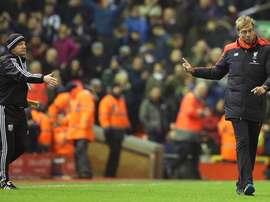 Klopp se niega a darle la mano a Tony Pulis tras el Liverpool-WBA. Twitter