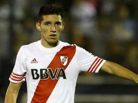 Kranevitter, playing a game for River. Twitter