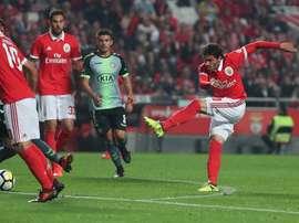 Krovinovic fechou o jogo ao estrear-se a marcar pelo Benfica. Twitter/SLBenfica
