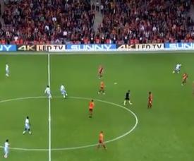 Kucka marque l'un des plus beaux buts de ce week-end. Capture/BeinSport