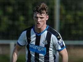 Kyle Cameron, durante un partido con el Newcastle. Twitter