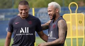 Neymar viaja con el PSG a París. PSG