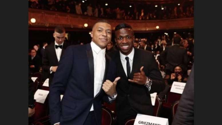 Mbappe and Vinicus pictured together. Captura/ViniciusJr
