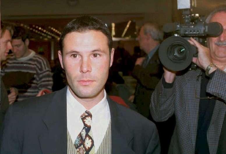 Bosman cambió el fútbol con su lucha ante los tribunales europeos. AFP