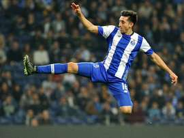 Napoli have moved into pole position to sign Mexico international Hector Herrera. Twitter
