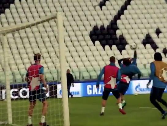 Ronaldo Gave Glimpses Of Spectacular Bicycle Kick In Training
