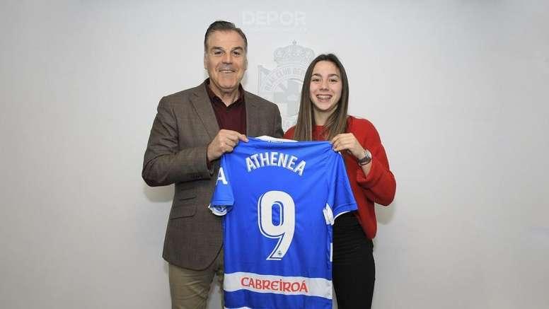 El Dépor amplió el contrato de Athenea una temporada más. RCDeportivo