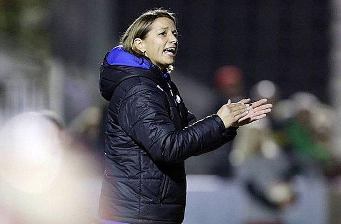 En el pasado dirigió al equipo femenino del MSV Duisburgo. Twitter/SVStraelen