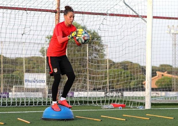 Lola Gallardo, segura de que la afición no fallará ante el Barça. AtléticodeMadrid