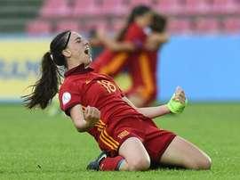 Eva Navarro se convirtió en la estrella del partido. SeFútbol