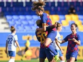 El Barça se mantiene firme en la cima. Twitter/FCBarcelonaFemení