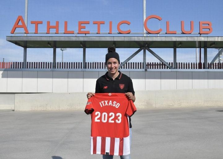 Itxaso firmó para las dos próximas temporadas con opción a una tercera. AthleticClub