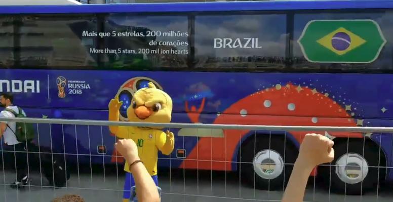 la-mascota-de-brasil-en-la-expedicion-br