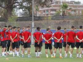 La plantilla del Espanyol en la sesión de entrenamiento de esta tarde. RCDEspanyol.