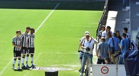 Dalmau, apartado por negarse a posar en la foto de equipo. HeraclesAlmelo