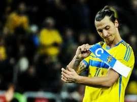 No hay quien tosa a Ibrahimovic en Suecia. Twitter