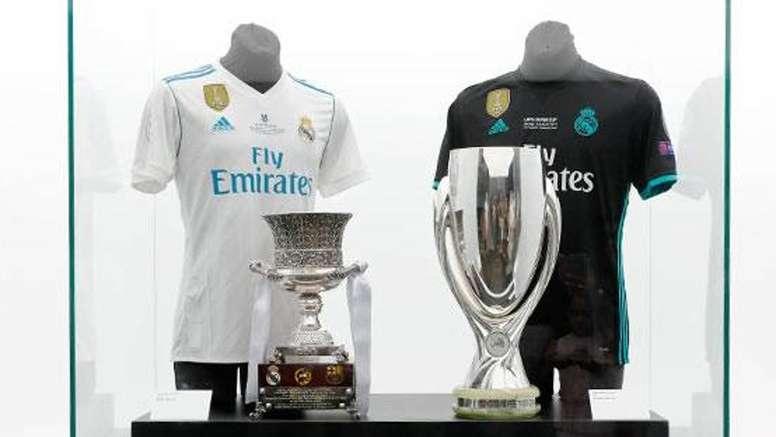 Museo Real Madrid.Las Dos Supercopas Ya Estan En El Museo Del Real Madrid Besoccer