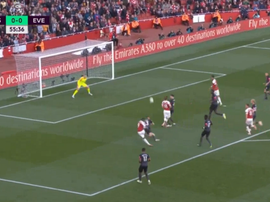 Lacazette opened the scoring for Arsenal against Everton. Captura/NBC
