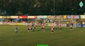 El Werder fue siempre a remolque del Emmen. Twitter/werderbremen