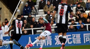 Newcastle y Burnley empataron; el West Ham venció. Twitter/BurnleyOfficial