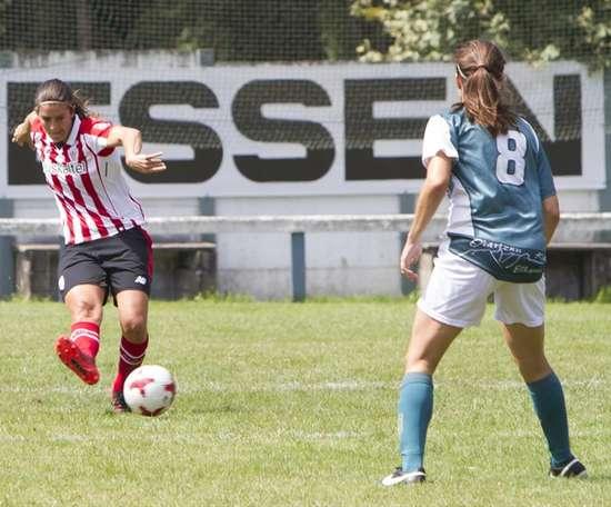 Lance de un partido entre el Athletic y el Oiartzun. AthleticClub