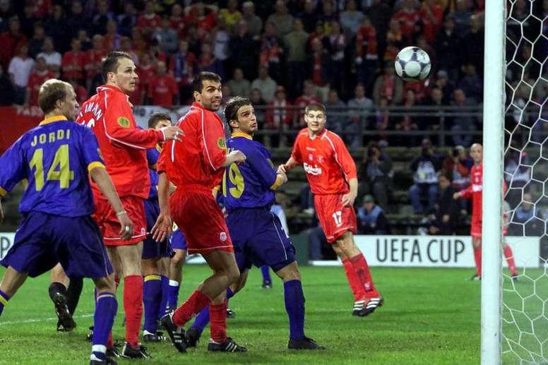 La finale de Dortmund entre Liverpool et Alavés fête ses 19 ans. UEFA