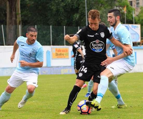Lance del partido entre el Lugo y el Viveiro. CDeportivoLugo