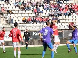 Lance del partido entre el Murcia y La Roda. RealMurcia