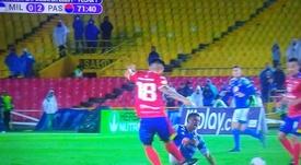 Lío con el VAR en Colombia: roja por recibir una falta, diez minutos de parón... Captura/WinSports