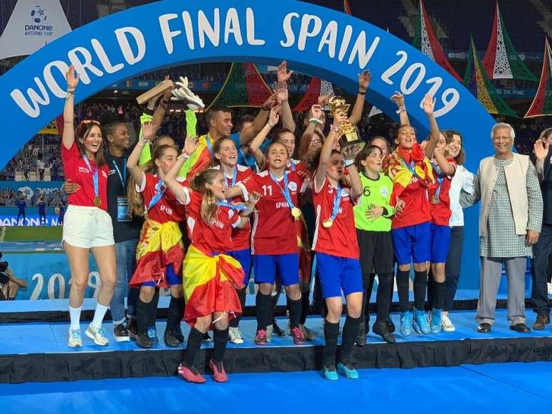La camiseta de España, motivo de la renuncia del Barça a la Danone Nations Cup. RCDEspanyol