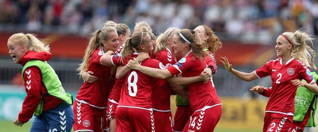 Dinamarca golea por 14-0 a una Georgia a la que ya ganaba por 10-0 al descanso. UEFAWomensEURO