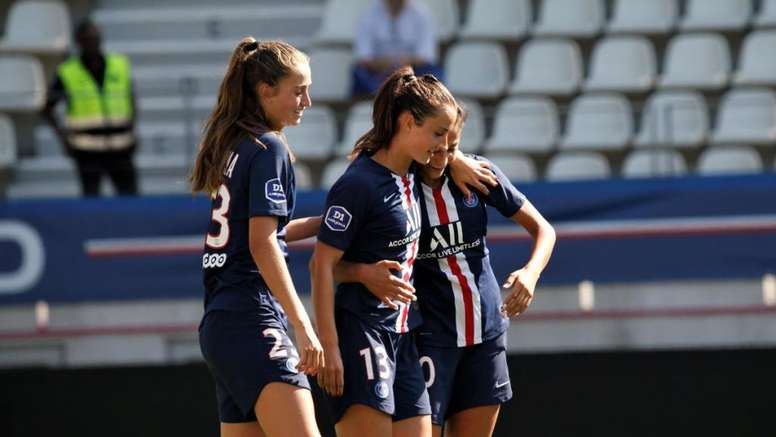 The FFF have ended all French amateur football. Twitter/PSG_Femenines