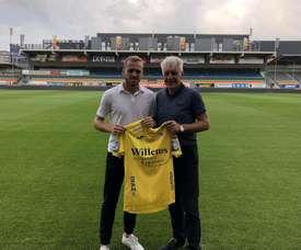 Laurens De Bock joins K.V Oostende on loan. Twitter/KVOostende