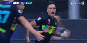 La revelación de la Eurocopa asistió a un Lautaro que celebró el gol como loco. AFP