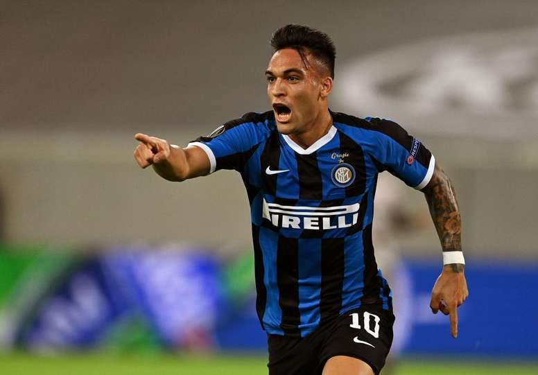 Barca deny any meeting will take place with Lautaro. EFE