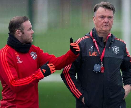 Rooney acredita que o United saiu perdendo com a troca de Van Gaal por Mou. AFP