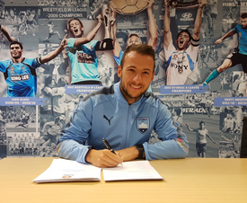 Bolton allowed Le Fondre to leave on a free. Twitter/SydneyFC
