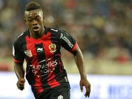 Los 'hammers' también quieren al futbolista del Niza. AFP