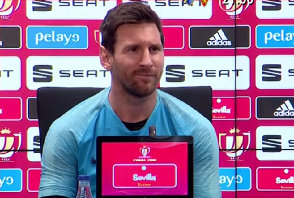 ddd552897fd Messi s face when he was asked if he wanted to stay at Barca - BeSoccer