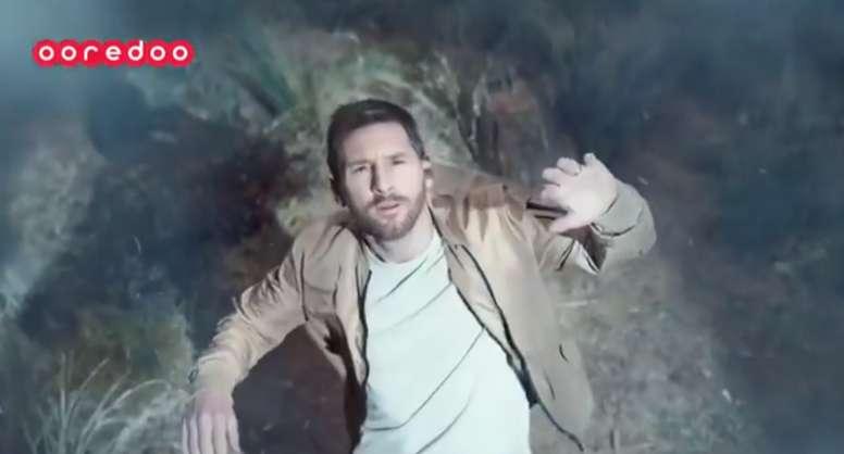 Messi, abduzido por extraterrestres em seu último comercial. Twitter/OoredooQatar