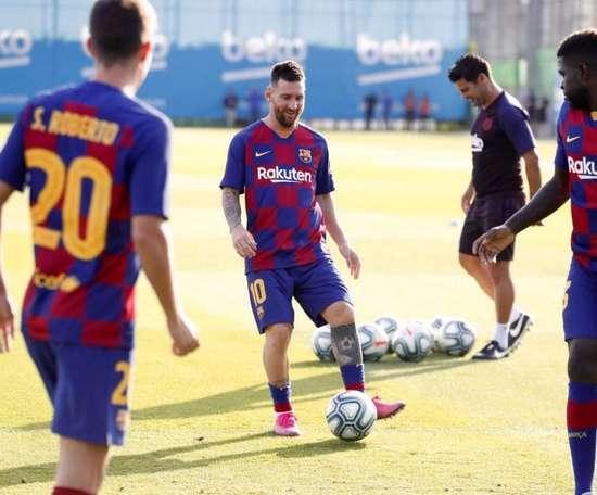 O Barça sorri com a volta de Messi. FCBarcelona