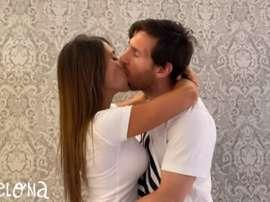 Le baiser langoureux de Messi à Antonella qui est devenu viral. Capture/Youtube