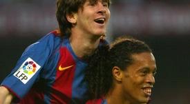 Le maillot avec lequel Messi a débuté au Barça. Twitter