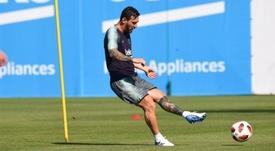Messi se apresentou mais tarde ao Barça por ter jogado a Copa do Mundo. FCBarcelona