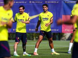 Messi e Suárez relaxam em Ibiza. Twitter/FCBarcelona_es