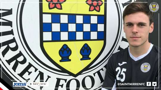 El joven defensa abandonó la disciplina de los Hearts. St.Mirren
