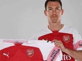 El Arsenal firma a Lichtsteiner. ArsenalFC